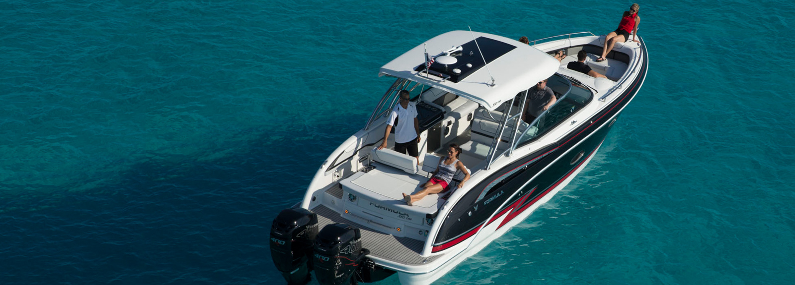 The New Formula 350 Cbr Outboard Truly The Most Versatile Boat On The Water Formula Boats