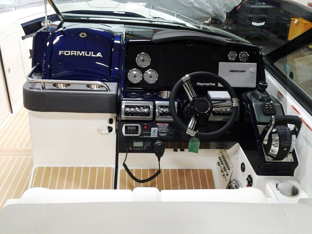 An example of customization that FormulaFlex offers with the helm.