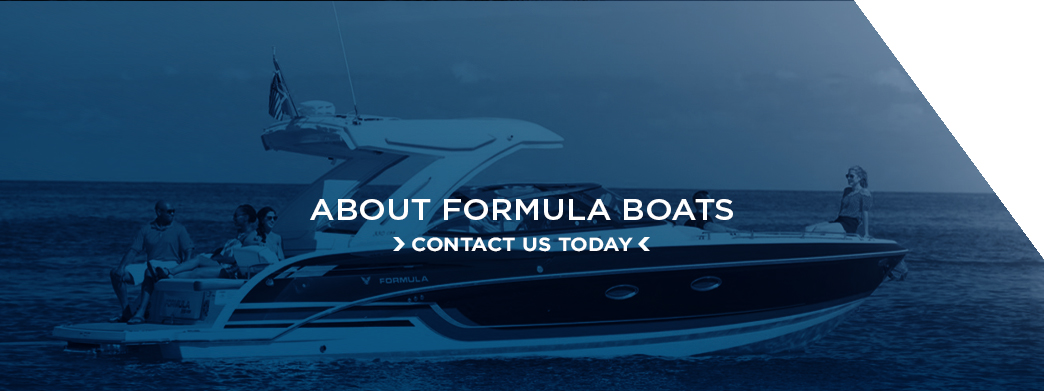 A banner with an invitation to contact Formula Boats for any further questions.