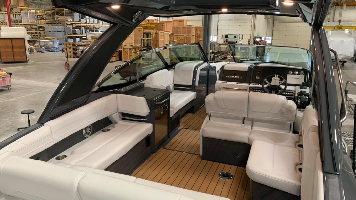 """An example of how your Formula boat can be """"flexed"""" on the interior of the boat."""
